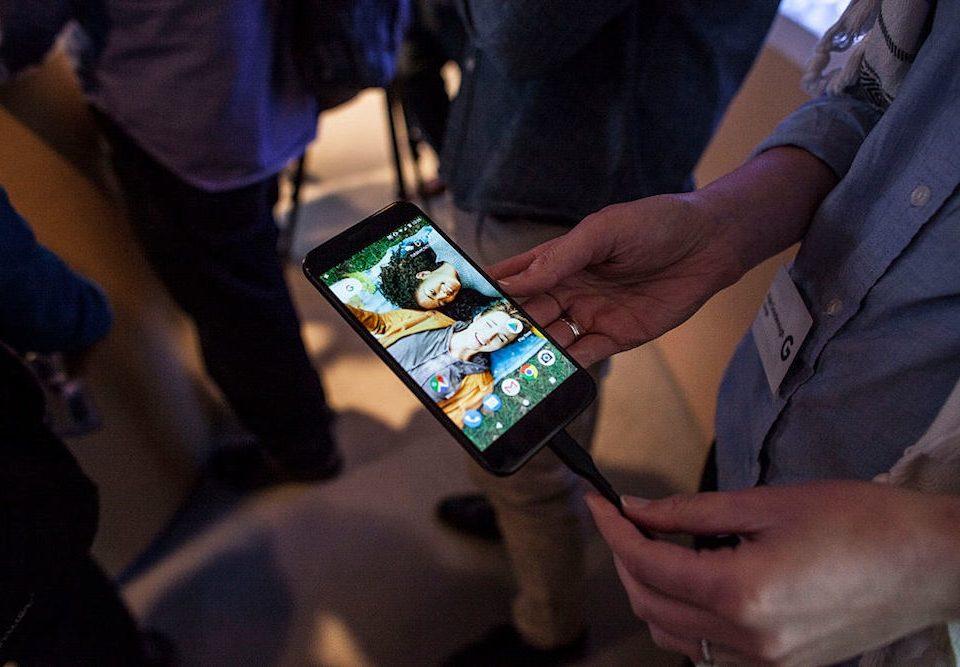 google pixel smart phone advertising